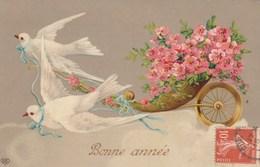 CPA Glacée Oiseau Humanisé Colombe Fleur Bonne Année Fantaisie Illustrateur (2 Scans) - Blumen