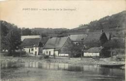 19 , PORT-DIEU , Les Bords De La Dordogne , * 437 86 - Autres Communes