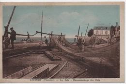 LOCTUDY  LA CALE  RACCOMMODAGE DES FILETS - Loctudy