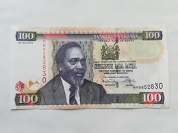 KENIA 100 SHILINGI 2010 - Kenia