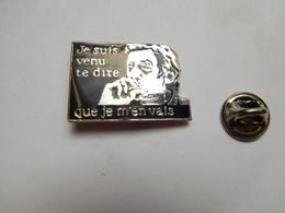 Superbe Pin's En EGF , Musique , Serge Gainsbourg , Je Suis Venir Te Dire Que Je M'en Vais , Signé Corner - Musique