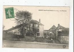 GRISY LES PLATRES (S ET O) LA FERME (HOMMES ET CHIENS) - Francia
