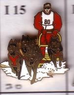 I15 Pin's Chien De Traîneau Husky Qualité EGF Signé DEMONS ET MERVEILLES Sled Dog Achat Immédiat - Animaux