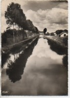 89 CHAPELLE-VIEILLE-FORÊT  Le Canal De Bourgogne - France