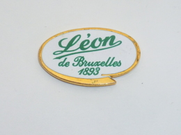 Pin's LEON DE BRUXELLES - Pin's