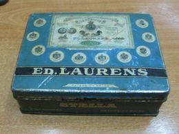AC - STELLA ED. LAURENS MANUFACTURE DE CIGARETTES EGYPTIENNES  LE KHEDIVE CIGARETTES TOBACCO EMPTY TIN BOX - Cajas Para Tabaco (vacios)