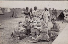 CP Photo : Soldats Du 1er Régiment De Tirailleurs Marocains - La Soupe - Souk Elarbaa Du Gharb -  Octobre 1930 - Guerra, Militari