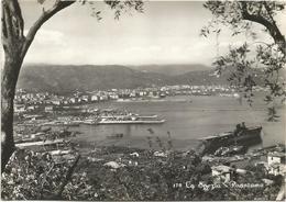 Y5447 La Spezia - Panorama Della Città - Navi Ships Bateaux - Portaerei Aquila / Viaggiata 1953 - La Spezia