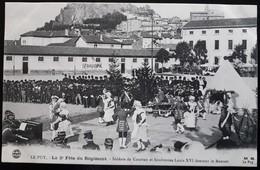 CPA - 43 - LE PUY EN VELAY - LA 2ème FÊTE DU RÉGIMENT - SOLDATS DE COURTEN ET SOUBRETTES LOUIS XVI DANSANT - ÉDITEUR M.B - Le Puy En Velay