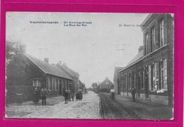 WECHELDERZANDE:  DE KONINGSTRAAT-MET VOLK - Lille