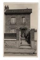 NOGENT SUR SEINE - CARTE PHOTO - Une Villa (Photo G. Lacoste) - Nogent-sur-Seine