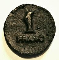 ANCIEN JETON EROTIQUE MAISON CLOSE. 1 FRANC. COULE. RARE. A IDENTIFIER. - Brothel Tokens