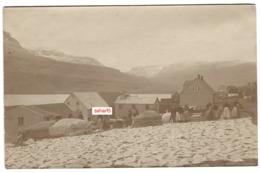 FEROES ISLANDS TRANSGISVAAG Real PHOTO POSTCARD SENT 1908 STREET LIFE - Färöer