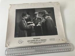 Photographie Ancienne Grand Format  FERNANDEL Dans LES GAITES DE LA FINANCE PRODUCTION CALAMY - Photos