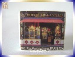 Clamecy .. Le Moulin De La Vierge Boulangerie .. 2 Fèves  .. (boite 4) - Anciennes