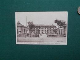 CPA FONTAINEBLEAU 1er GROUPE ARTILLERIE D ECOLE ENTREE DU QUARTIER ECRITE 1940 PETIT PLI HAUT GAUCHE - Fontainebleau