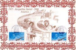 """"""" JACQUELINE AURIOL """" Sur Encart 1er Jour N°té En Soie De 2003 (202/450 Ex). 2 X N° YT PA 66 Parfait état. - Avions"""