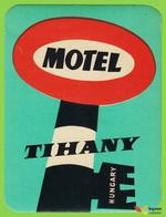 Voyo  MOTEL TIHANY Tihany Hungary Hotel Label 1970s Vintage Key - Etiquetas De Hotel