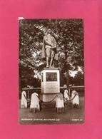 ANGLETERRE, Bedfordshire, BEDFORD, Bunvan's Statue, (Valentine), Redimensionnée - Bedford