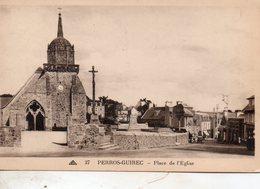 Perros - Guirec -   Place  De  L' église. - Perros-Guirec