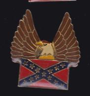 61421- Pin's-aigle.USA... - Animaux