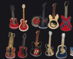 61424-lot De 10  Pin's-Guitares... - Musique
