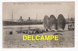 """DD / BATEAUX / PAQUEBOT / """" LA SAVOIE """" DE LA CIE GAL. TRANSAT. A QUAI AU HAVRE - RÉPARATION DES PELLES D' HÉLICE / 1907 - Steamers"""