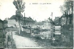 N°2481 T -cpa Baugé -le Grand Moulin- - France