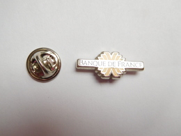 Superbe Pin's En Zamac , Banque De France - Banken