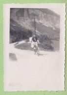CORENC (38), 1945. Photo Originale Format 6 X 8.4 Cm. 2 Scans. - Plaatsen