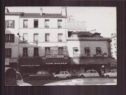 Photo ( 15 X 10.5 Cm ) Devanture De Commerces à Paris , 1983 - Lieux