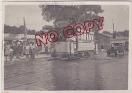 Tramway Toulon Var Ligne Préfecture Cap Brun Photo Prise Champ De Mars Le Jour D'une Rupture De Canalisation D'eau - Trenes