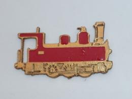 Pin's LOCOMOTIVE ROUGE - TGV