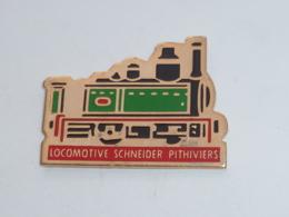Pin's LOCOMOTIVE SCHNEIDER PITHIVIERS - TGV