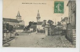 MONTMORILLON - Place Du Vieux Marché - Montmorillon