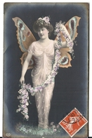 FEMME PAPILLON - Papillons
