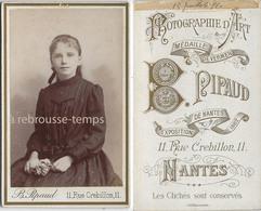 CDV En 1891-jeune Fille- Photo Pipaud à Nantes - Photos