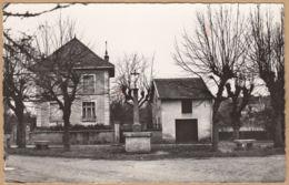 CPA Ancy-sur-Moselle, La Croix Rouge, Ungel. - Francia