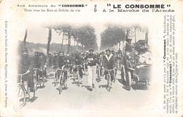 """CPA - PUBLICITE - Militaria -  """"LE CONSOMME"""" à La Marche De L'Armée - Advertising"""