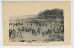 AFRIQUE - REPUBLIQUE CENTRAFRICAINE - MOBAYE - A La Pêche Dans L'Oubangui - Zentralafrik. Republik
