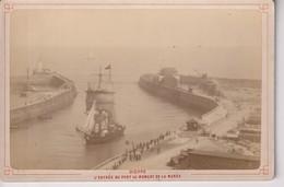 DIEPPE L'ENTREE DU PORT AU MOMENT DE LA MAREE   [76] Seine Maritime  FRANCE 16*10CM CABINET PHOTOGRAPHS - Photos
