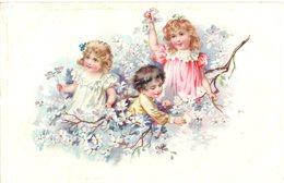 CPA  -  Embossée Ou Gaufrée  -  Trois Enfants Au Milieu  Des Fleurs  -  écrite   - - Fancy Cards