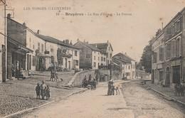 BRUYERES LA RUE D ALSACE LE PERRON CARTE PEU COURANTE - Bruyeres