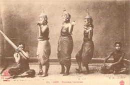 LAOS Groupe De Danseuses Laotiennes Debout - Laos