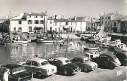 La Flotte En Ré - Ile De Ré (17 - Charente Maritime) Le Port - 2 Cv Renault Dauphine, Peugeot 403 Cabriolet, 403 Et 404 - Francia