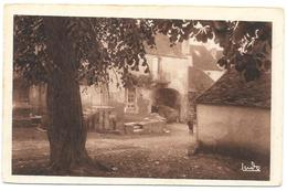 MOUTIER SAINT JEAN : LE VIEUX PORCHE - Autres Communes