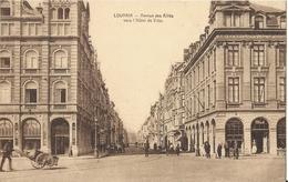 Leuven - Louvain Avenue Des Alliés Vers L'Hôtel De Ville - Leuven