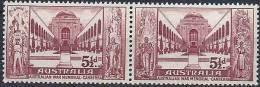 1958 AUSTRALIE 244-45**  Se Tenant, Mémorial, Guerre - Mint Stamps