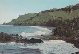 TAHITI - LA PLAGE DE FAAONE  A 50 KM DE PAPEETE COTE EST - Tahiti