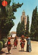 Marrakech - Vendeurs D'eau Prés De La Koutoubia - Marrakech